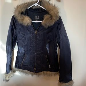 Woman's hooded Jacket with Faux Fur